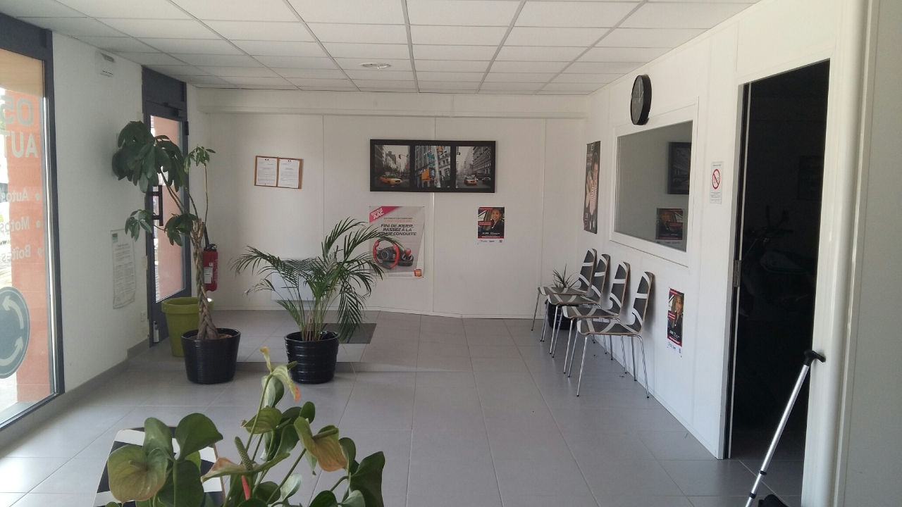 Local commercial Le Bouscat 157 m2